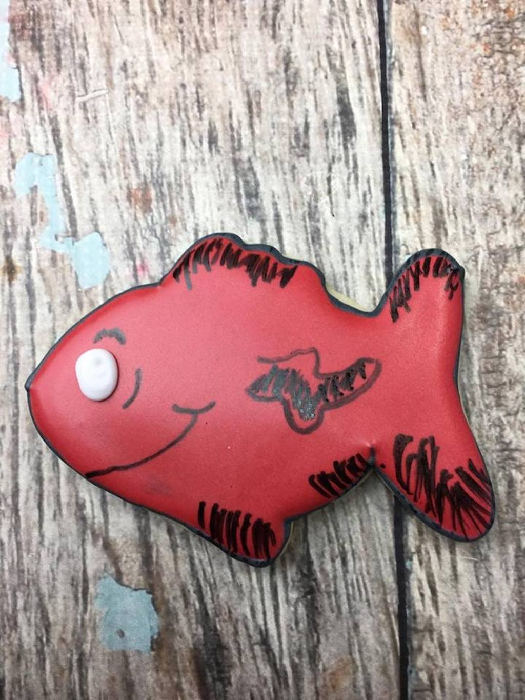 Celebrating Dr. Seuss' birthday with another recipe highlighting one of his books. The One Fish Two Fish Red Fish Blue Fish Cookie recipe is a fun recipe that kids will love and easy to make.