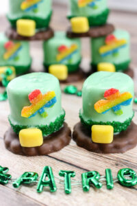 ST PATRICKS DAY MARSHMALLOW LEPRECHAUN HATS SNACK RECIPE