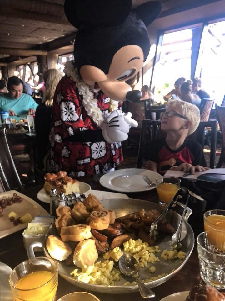 5 Easy Ways To Keep Your Diet In Check At Walt Disney World