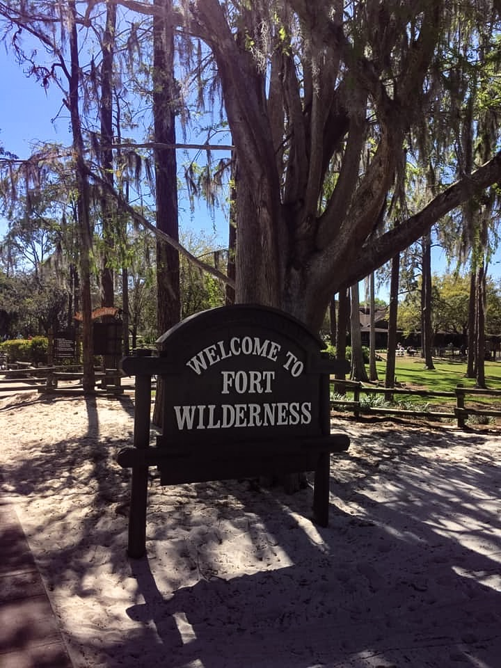 TOP 5 REASONS WHY CAMPING AT FORT WILDERNESS IS A MUST