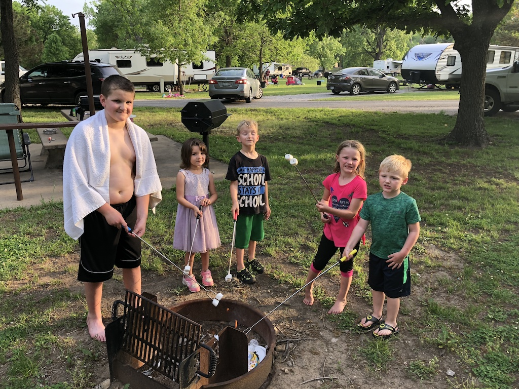 Summer is a great time for families to come together and enjoy fun activities together. Here are a few tips to make for a great summer camping trip.