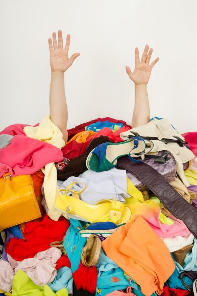 If you've decided to get a handle on your clutter, this article will offer some help with tips on how to de-clutter and for maintaining your home afterward.