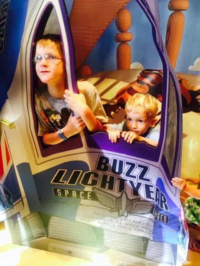 buzz lightyear ranger spin