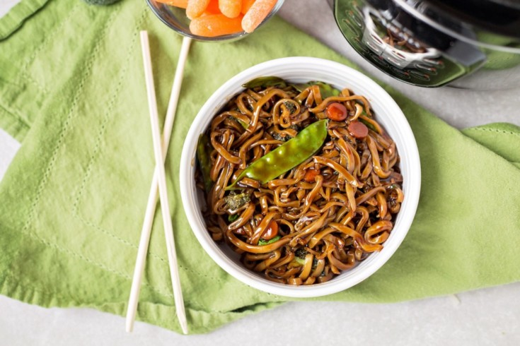 Instant Pot Lo Mein (Vegan) – 6 Weight Watchers Freestyle Points
