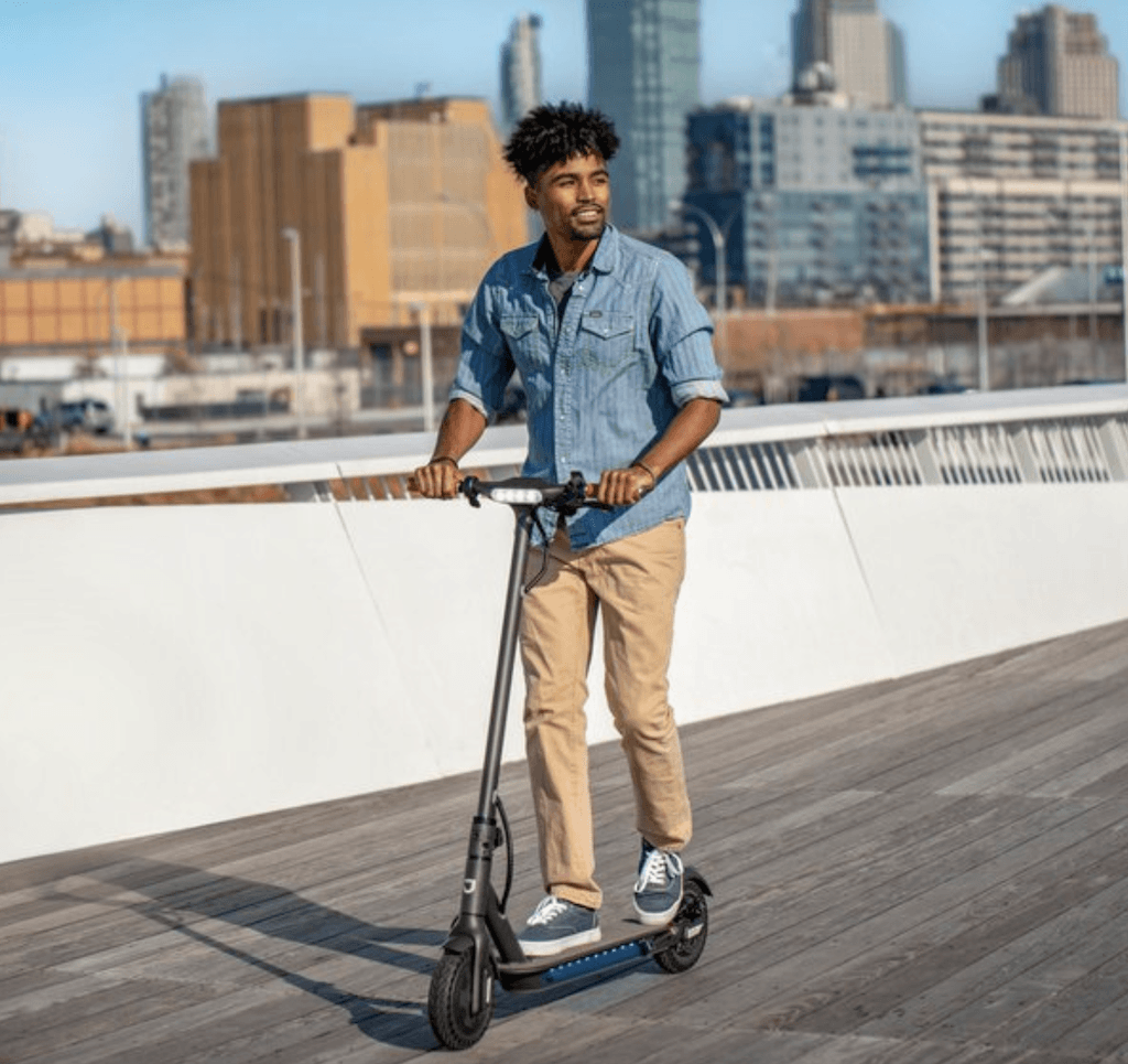 The Quest Jetson Scooter is is no ordinary scooter. Push off with your foot & press the button. The Powerful 250W hub motor can reach speeds up to 15 mph for up to 18 miles.