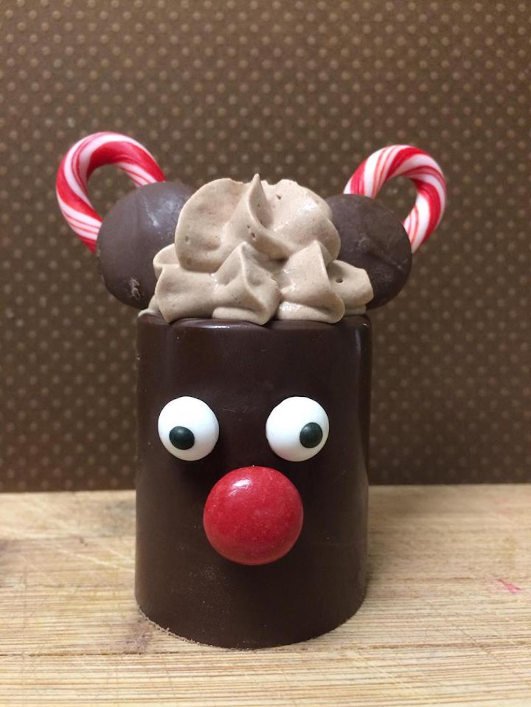 mickey reindeer dessert