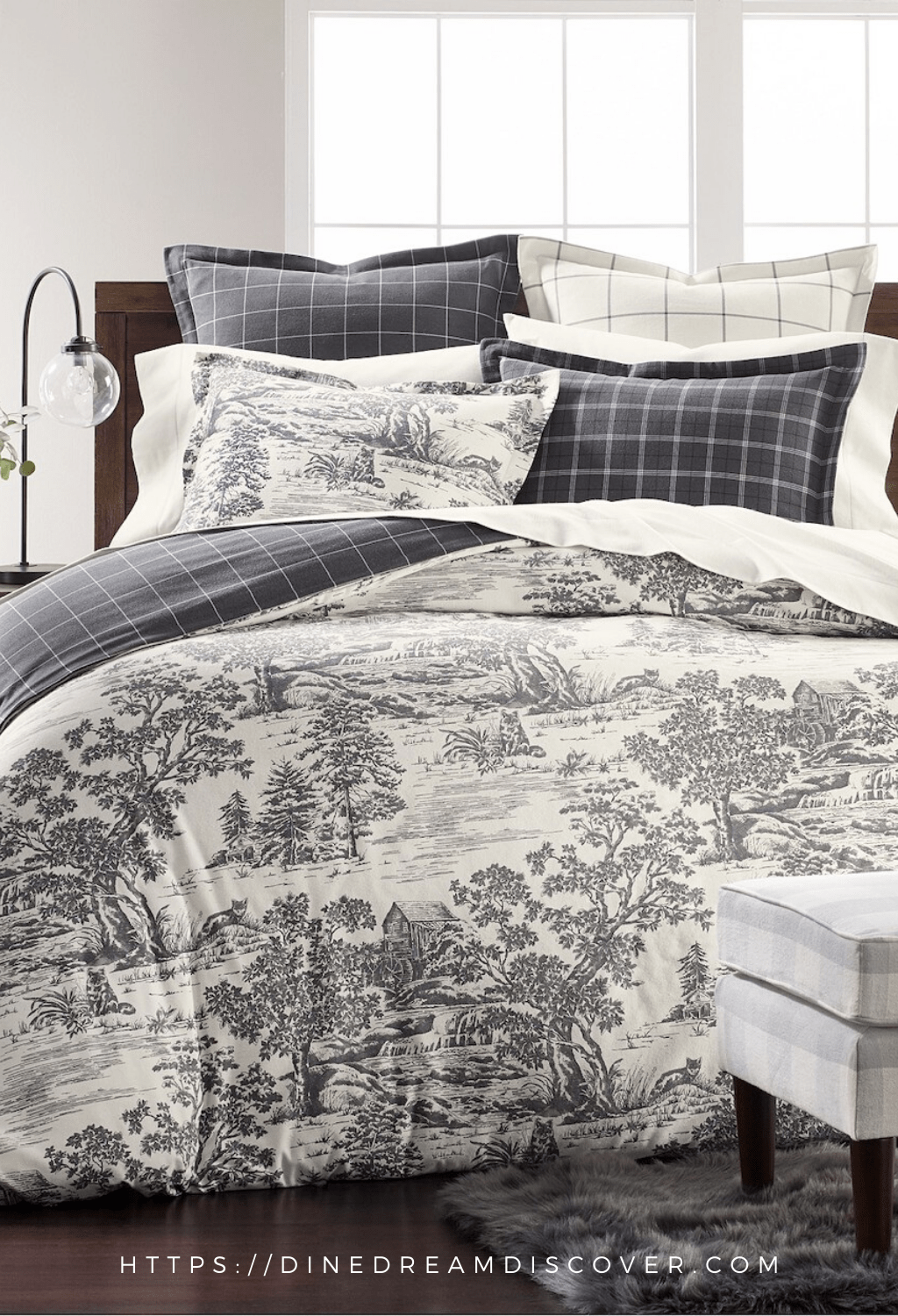 toile bed collection