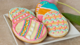 Simple and Easy Easter Egg Cookies