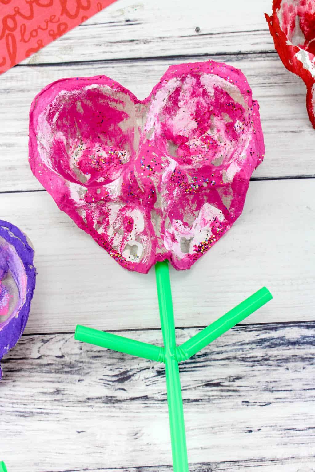 SIMPLE EGG CARTON HEARTS