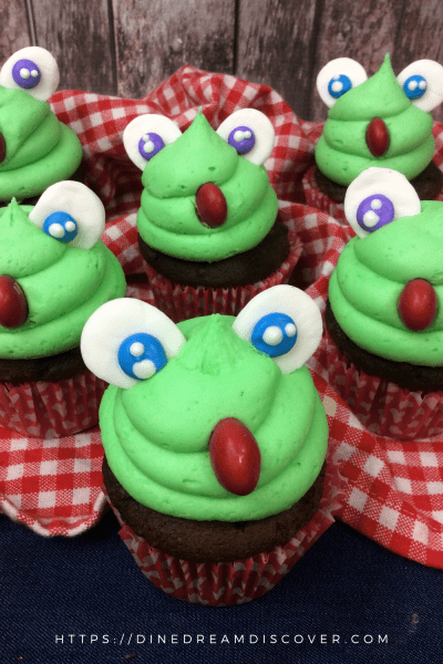 Kiss the Frog Cupcakes