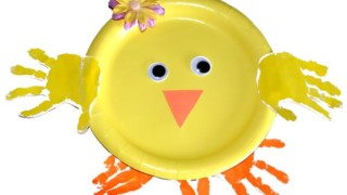 Super Cute Paper Plate Handprint Chick Craft