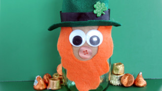 Mason Jar Leprechaun for Saint Patrick's Day