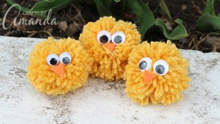 Pom Pom Chicks from Yarn