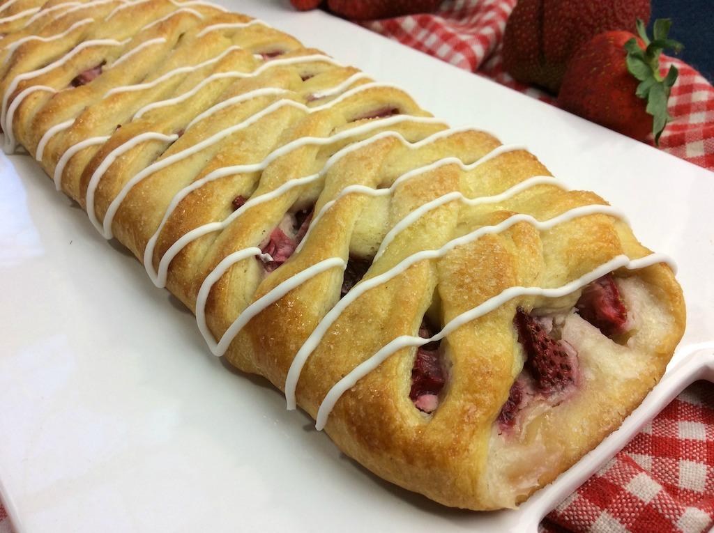 pillsbury strawberry cream cheese danish