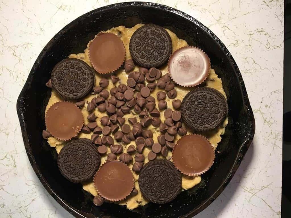 mini cast iron skillet chocolate chip cookie recipe