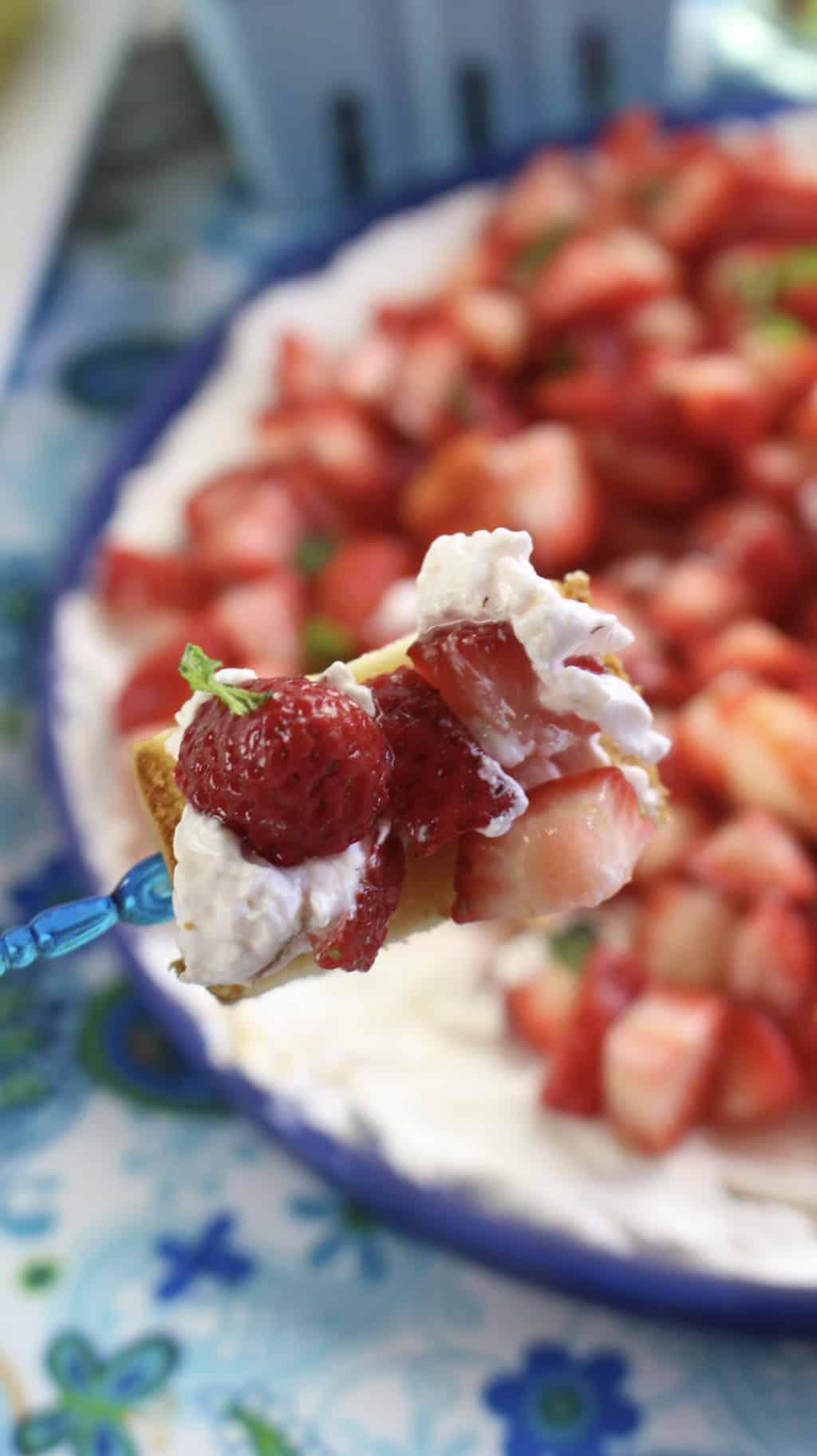 cream sauce for strawberries