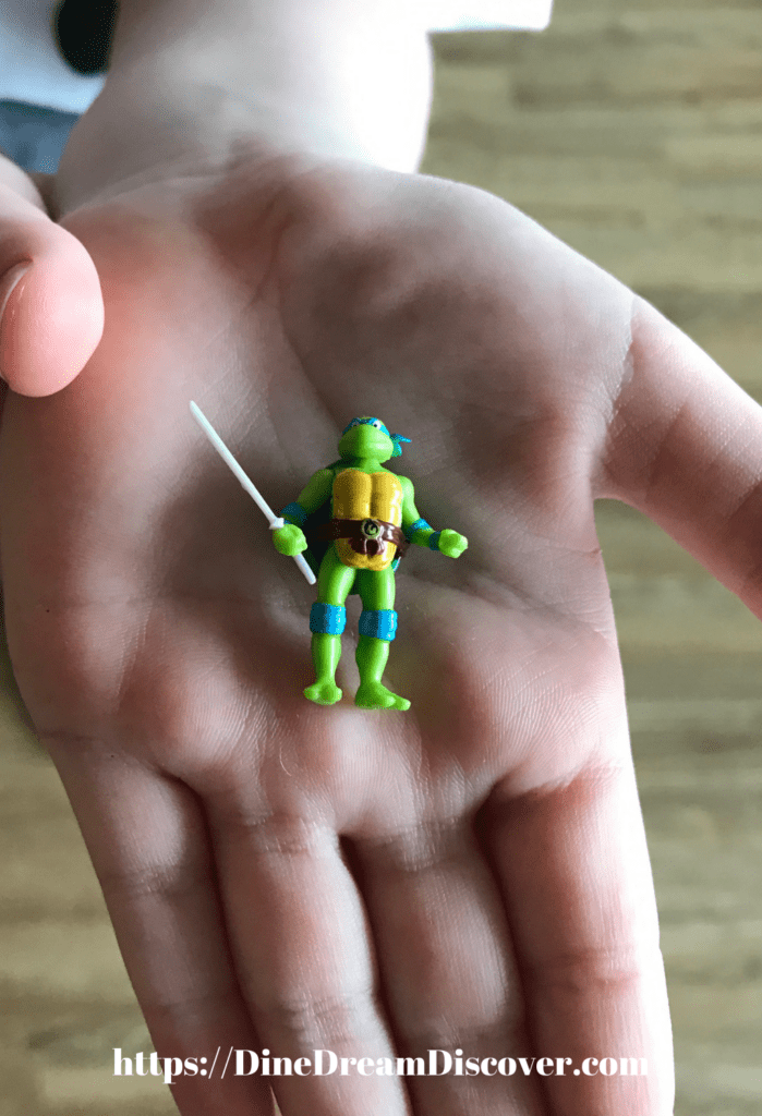 micro action figures
