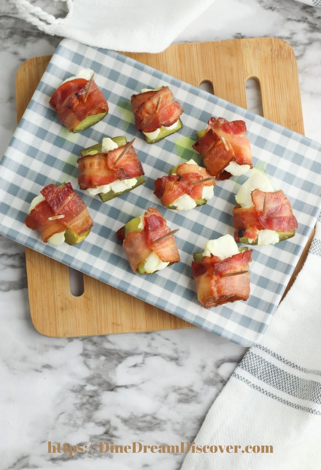 bacon wrapped pickles recipe