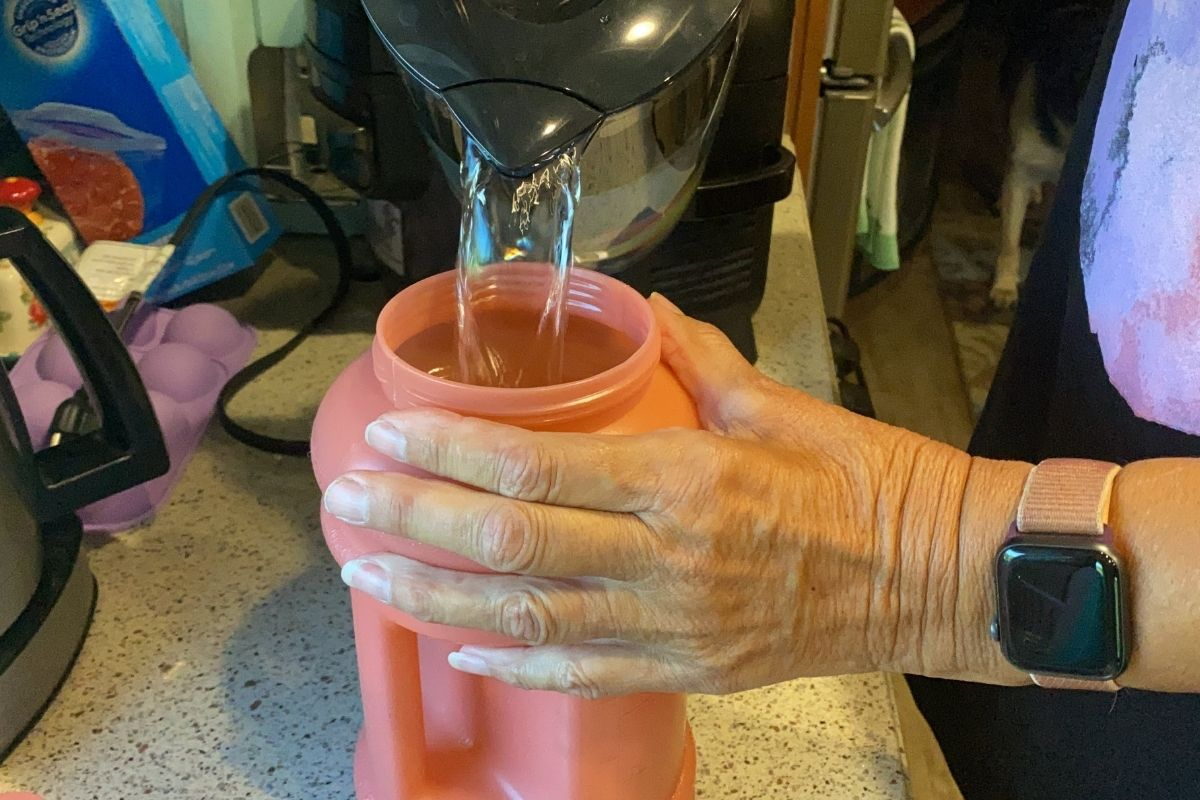 HYDROJUG FILL WITH WATER