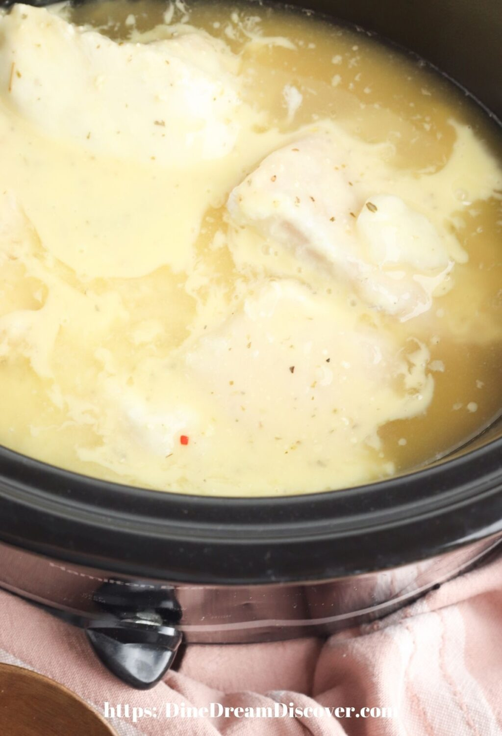 CHICKEN BREASTS COVERED WITH ITALIAN DRESSING