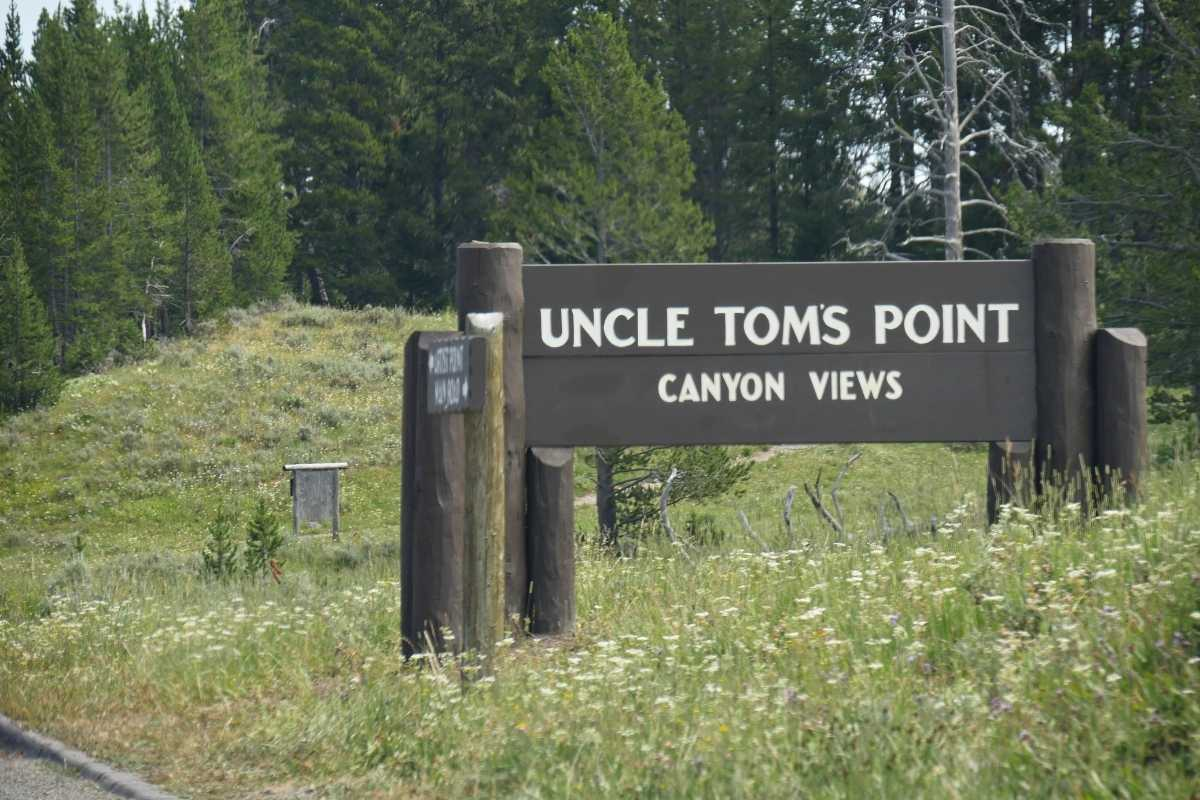 UNCLE TOM'S POINT