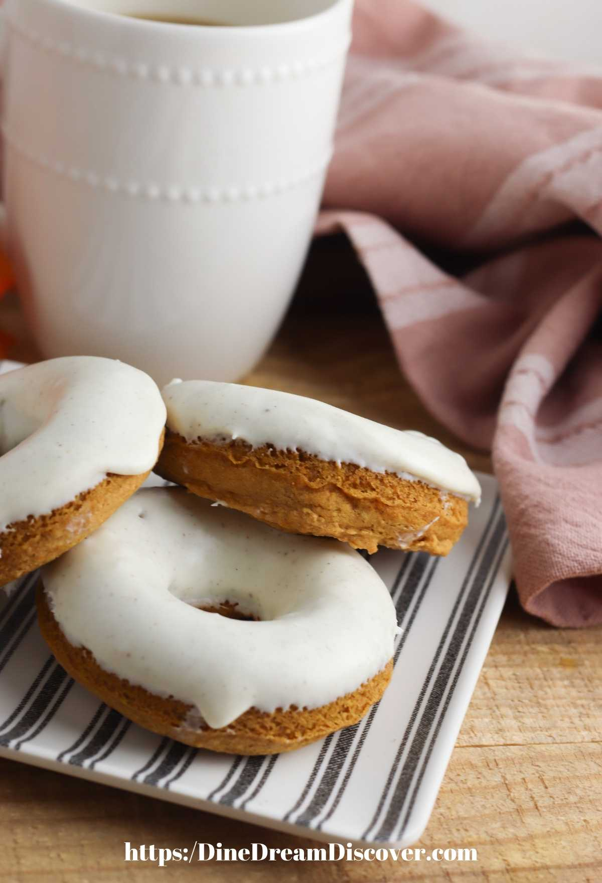 Air Fryer Cake Mix Pumpkin Donuts