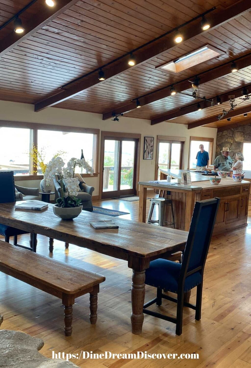 the drummond ranch lodge